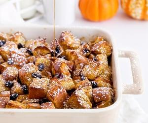 Overnight cinnamon raisin pumpkin french toast... - Nom-Food!