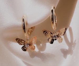 accessories, jewelry, and butterfly image