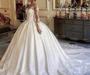 robe de mariée, princess wedding dresses, and wedding ball gown image