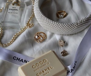coco chanel, chanel, and gioielli image
