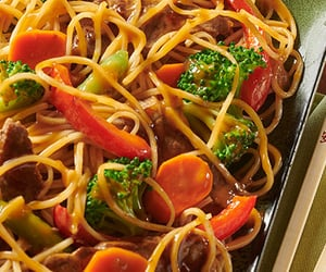 asian food, stir-fry, and vermicelli noodles image