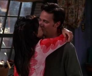 2000, chandler bing, and kiss image
