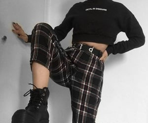accesories, plaid, and alternative fashion image