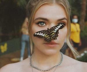 beauty, blonde, and borboleta image