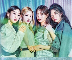 yves, chuu, and gowon image