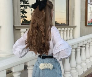 bow, curly hair, and hair inspo image