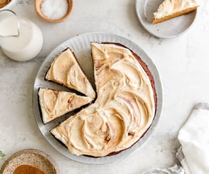 Pumpkin Cake w/Caramel Frosting {Grain-Free} | Elle Fait
