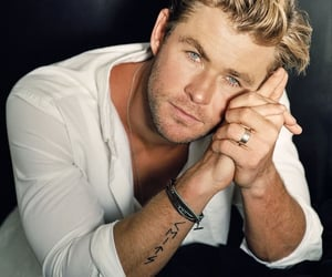 SEXY HOT, chris hemsworth, and beauty gorgeous image