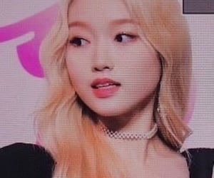 kpop, chaewon, and icon image