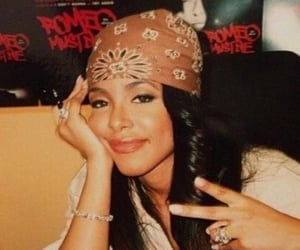 aaliyah, 90s, and beauty image