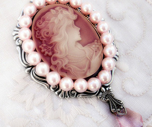 pearls, vintage, and pink image