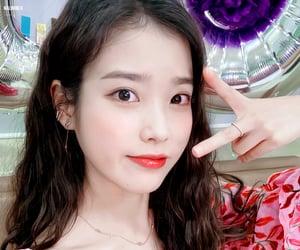 kpop, soloist, and 아이유 image