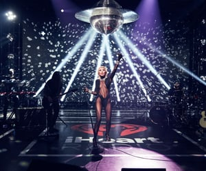 miley cyrus, iheartradio, and Queen image