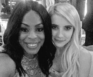 emma roberts, ahs, and niecy nash image