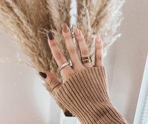nails, nail design, and nude nails image