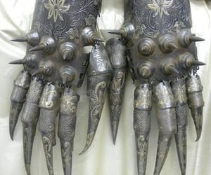 tres stylish, persian warrior gloves, and we talkin ancient image