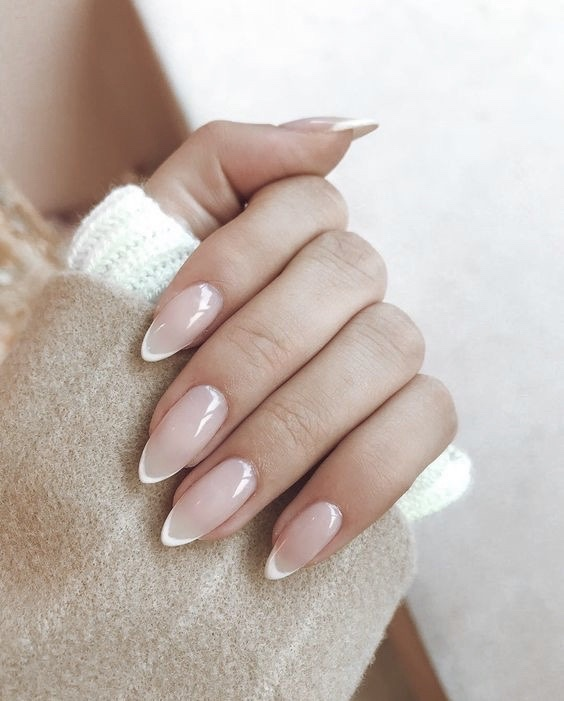 nails, article, and color image