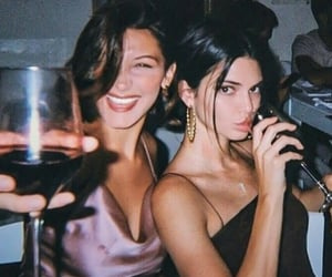 iconic, kendall jenner, and bella hadid image