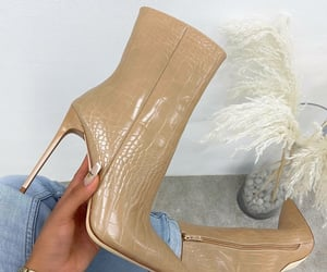 accessories, beauty, and boots image