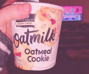 ice cream, oatmeal cookie, and oatmeal cookie ice cream image