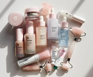 beauty, skin care, and pink image