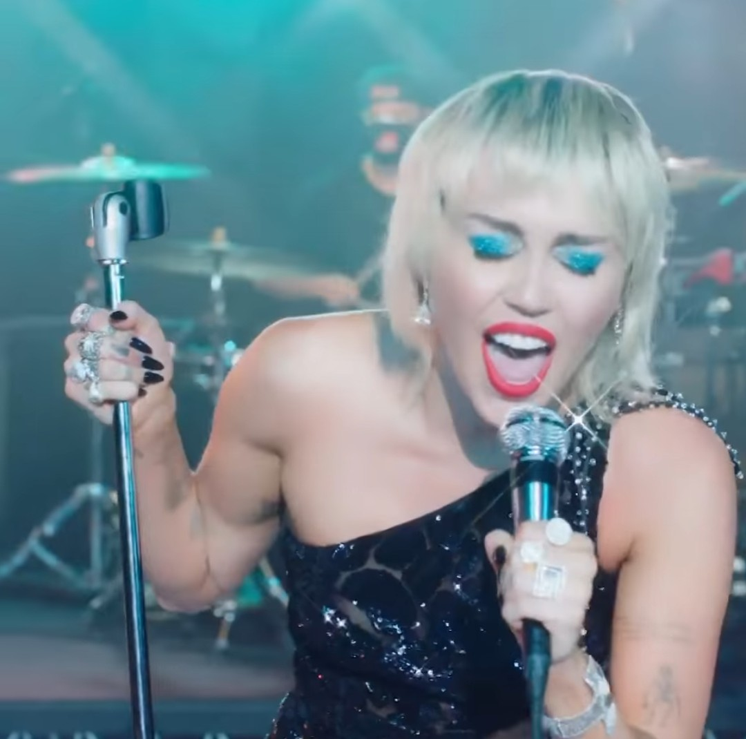 miley cyrus and midnight sky image
