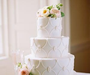 cake, wedding, and wedding cakes image