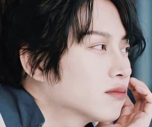 angle, handsome, and yunho image