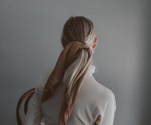 fashion, simplistic, and girl image