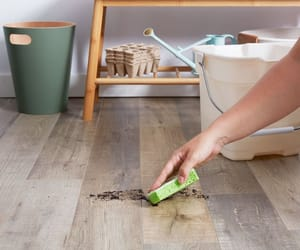 wood flooring and flooring cleaning tips image