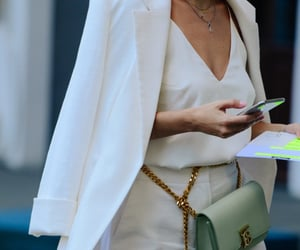 Burberry, womenswear, and adam katz sinding image