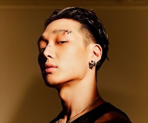 bobby, wallpaper, and yg entertainment image