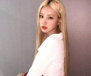 hyewon, iz*one, and kang hyewon image