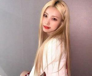 hyewon, iz*one, and izone image