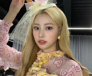 izone, hyewon, and kpop image