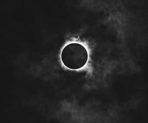moon, ios14, and homescreen image