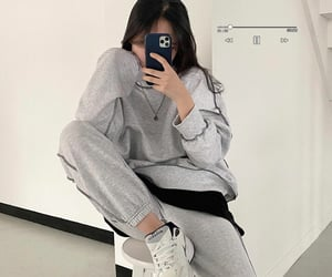 girl, gray, and koreanstyle image