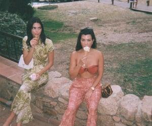 kourtney kardashian and kendall jenner image
