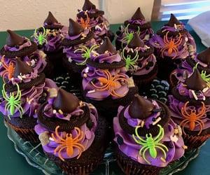 baking, cupcake, and Halloween image