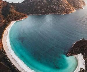 "alecsgrg:""Wineglass Bay, Tasmania | ( by Jason Hill ) """