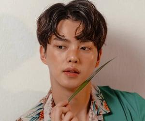 actor, song kang, and amino theme image