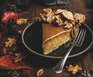 food, autumn, and desserts image