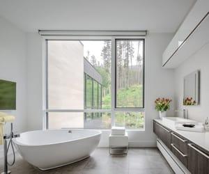 bathroom, bois, and brown image