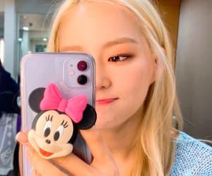 kpop, girlgroup, and selca image