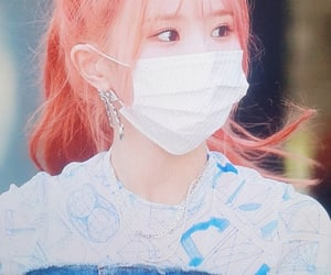preview, lq, and fromis image