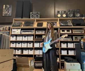 blue, guitare, and simihaze image