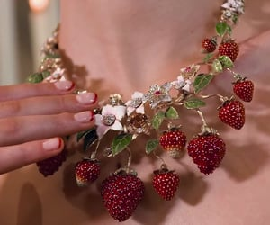 aesthetic, strawberry, and fashion image