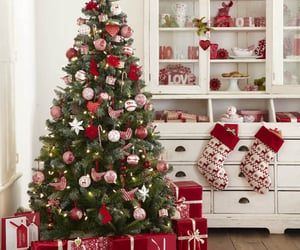40+ Red and White Christmas Decorating Ideas – All About Christmas