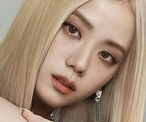 blink, blonde, and rose image
