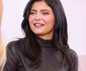 fashion, kylie jenner hair, and make up image